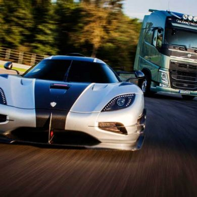 volvo-trucks-vs-koenigsegg