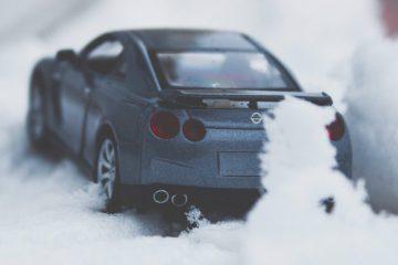 Sneeuw geeft autoliefhebbers winterpret