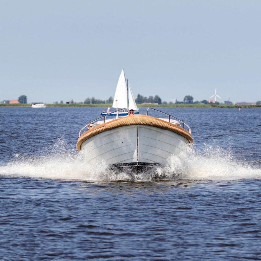 investeren-in-de-toekomst-met-een-elektrische-boot