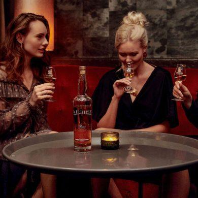 ambre-dor-reserve-is-een-luxueuze-rum-waarmee-ah-riise-blijft-verrassen